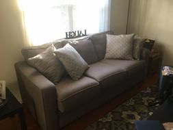 Brand New Couch! Perfect Condition, Pillows Included