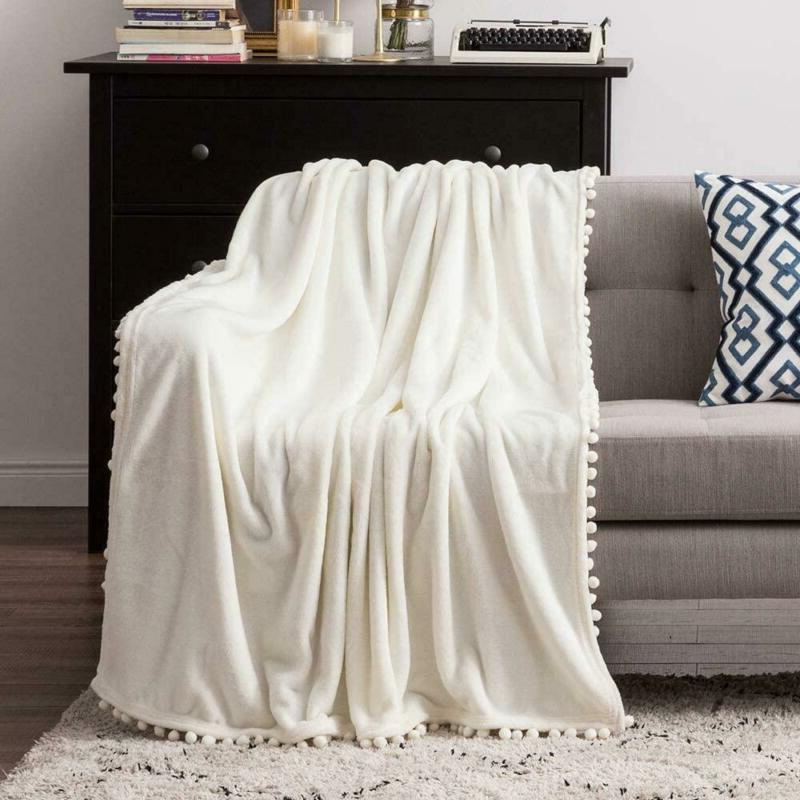 MIULEE Ultra Soft Fleece Blanket Luxurious Fuzzy Couch or